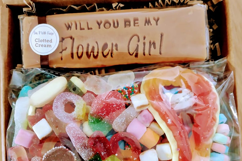 flower girl proposal gift box sweets fudge