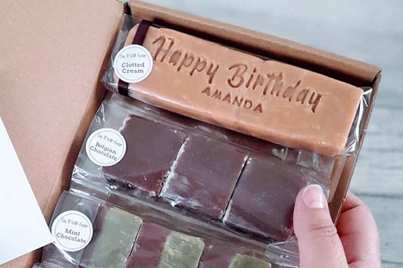 FUDGE DELIVERY -PERSONALISED LETTERBOX FRIENDLY FUDGE GIFT BOX